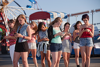 teens_texting